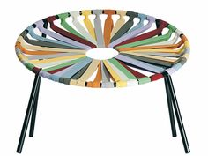 budapest design week 2011: elastic chair by velichko velikov