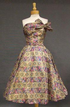 Printed Organdy 1950's Cocktail Dress w/ Bolero  Printed Dress #2dayslook #PrintedDress #jamesfaith712  #kelly751  www.2dayslook.nl