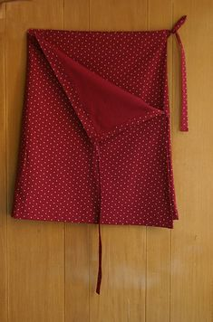 falda envolvente 2 Sewing Hacks, Sewing Projects, Diy Kleidung Upcycling, Sewing Magazines, Dresses Kids Girl, Classy Outfits, Refashion, Diy Clothes, Diy Fashion