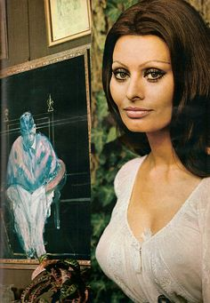 """LOVE IS THE CENTRE OF MY WORLD"" SOPHIA LOREN BESIDE A FRANCIS BACON AT THE VILLA PONTI VOGUE DECEMBER 1970 LORD SNOWDON"