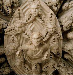 A ME GLI OCCHI!  Particolare della volta dell'Arca di Sant'Agostino in San Pietro in Ciel … http://ift.tt/1lwvwS0