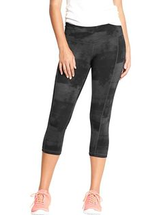 "Women's Old Navy Active Patterned Compression Capris (20"") Product Image"