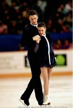 The Love Story - 1988 & 1994 Pairs Olympic Figure Skating Champions, Ekaterina Gordeeva & Sergei Grinkov -- They were my favorite when I was skating, you could see their love on the ice. So tragic...