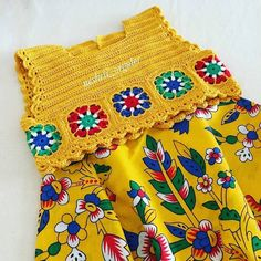Crochet Dress Girl, Black Crochet Dress, Crochet Girls, Crochet Baby Clothes, Crochet For Kids, Diy Crochet, Crochet Top, Crochet Ideas, Crochet Dresses