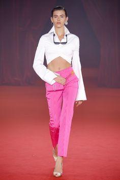 Off-White Spring 2018 Ready-to-Wear Fashion Show - Georgia Fowler