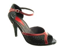 Hand made dancing shoe, costumizted for the feet, made of calf leather, thick suede flexible sole, perfect for dancing