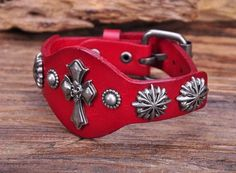 "- Material: Genuine Leather - Length: 6.5"" - 8.25"" Adjustable - Band Width: 0.63"" & 1.18"" - Metal: Copper Alloy - Clasp Type: Buckle"