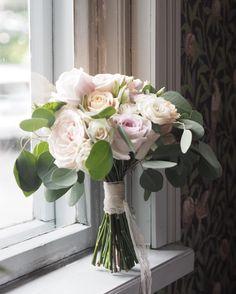 "50 tykkäystä, 2 kommenttia - @littleweddingfactory Instagramissa: ""For Riikka 🌿 . . #weddingbouquet #bridalbouquet #weddingflowers #bouquetoftheday #naturalbouquet…"""