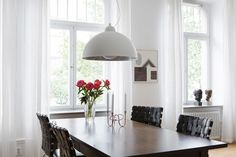 Dining table - ESNY - Eklund Stockholm New York