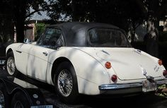 Man finds his prized Austin Healey on eBay -- 42 years after it was stolen from his home - U.S. News