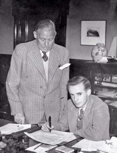 Mr Struth watches over as Johnny Hubbard signs for The Rangers