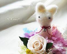 preserved flower and cat http://minne.com/nossery/item/48630