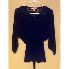 Navy blue quarter sleeve top Navy blue top with lace detailing in the front and back with buttons running down halfway of the shirt never worn before been sitting in my closet! Simple but very cute top :) Forever 21 Tops Blouses