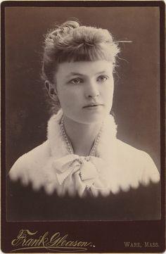 Victorian Photo / Original Print / Signed: Frank Gleason / Date of Creation: 1900 -1919 / Photo Type: Cabinet Photo / Color: Sepia / Region of Origin: Ware - Massachusetts - U.S.A.
