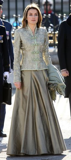 love the look, need to copy the jacket, could even do jacket as business suit with pencil skirt ... 1/6/2008: Princess Letizia attends the Epiphany Day celebrations in Madrid