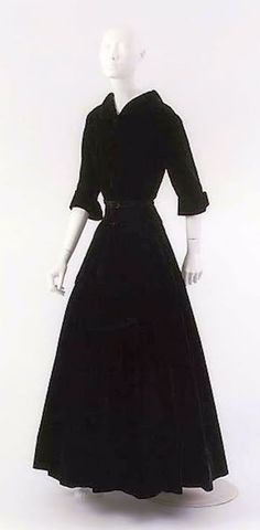 Chanel, 1954, Design by Gabrielle Coco Chanel, Silk dress, Fall Winter Collection, The Metropolitan Museum of Art