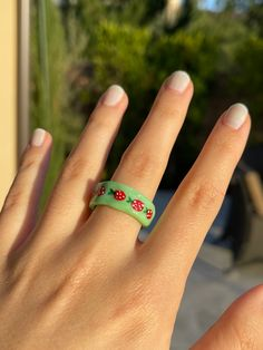 Fimo Ring, Polymer Clay Ring, Clay Art Projects, Clay Crafts, Colar Diy, Diy Clay Rings, Biscuit, Diy Crafts Hacks, Diys