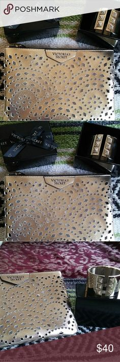 💖Victoria's Secret Bundle💖 🆕 both of these are brand new, still wrapped in plastic. Bundle includes gold, laser cut, fully lined interior wristlet & a gold, swarvoski, hinged bracelet...both are beautiful💖💖💖💖 Victoria's Secret Jewelry Bracelets