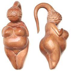 Venus of Willendorf Fertility Goddess by ApsarasAdornments and Anaspaceship, Earth Goddess, Goddess Art, Art Sculpture, Mother Goddess, Effigy, Divine Feminine, Sacred Feminine, Gods And Goddesses, Ancient Art