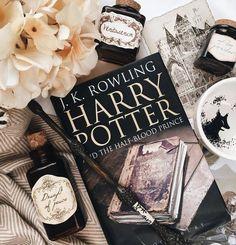 Theme Harry Potter, Harry Potter Aesthetic, Harry Potter Quotes, Harry Potter Books, Harry Potter World, Book Aesthetic, Hogwarts, Slytherin, Harry Otter