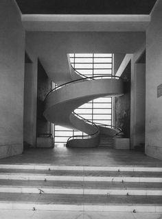 """Scala Edificio """"ex G.I.L."""" di Luigi Moretti, Largo Ascianghi – Roma"""
