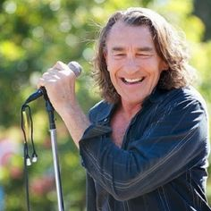Turning 64 today, Fee Waybill, (The Tubes)