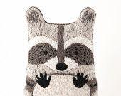 Raccoon - DIY Embroidery Kit