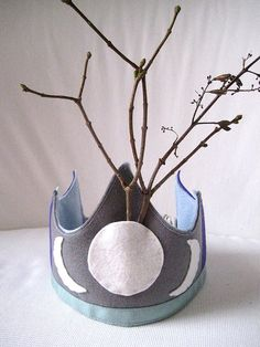 Winter Solstice Blessings!!  Winter Solstice crown. Would be nice paired with a antler-branched holly king crown.