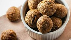 5 pomysłów na zdrowe, słodkie kuleczki bez cukru, glutenu i nabiału