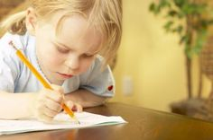 How to Determine the Dominant Hand With Ambidextrous Children