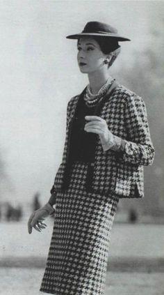 1959 - Chanel suit .......inspiration