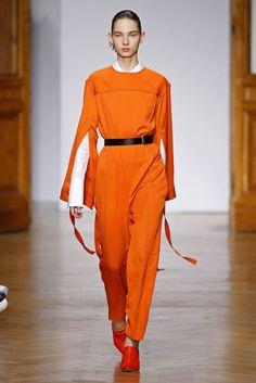 Aquilano Rimondi, P-E 17 - L'officiel de la mode