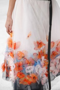 Chanel Spring 2015 Couture Fashion Show - Josephine Le Tutour (Elite) Couture Chanel, Couture Fashion, Fashion Show, Fashion News, Fashion Models, Couture Details, Fashion Details, Fashion Design, Floral Fashion