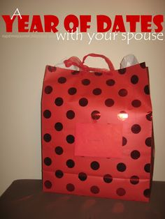 A Year of Dates with your spouse: Gift Idea Love Dating, Dating Tips, Year Of Dates, Be My Valentine, Valentine Day Crafts, Homemade Gifts, Diy Gifts, Love And Marriage, Marry Me