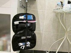 Mini-Waschbeutel/Kulturbeutel für Herren – Der Rote Faden