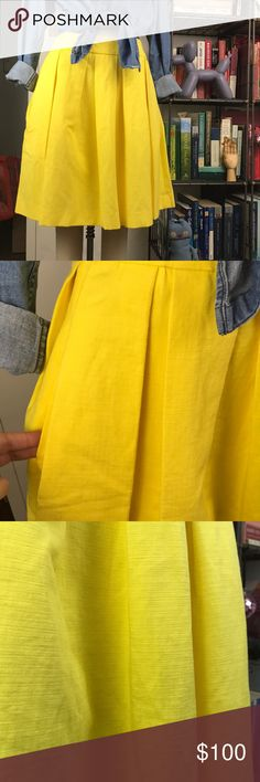 """French Connection Cotton Linen Pleated Skirt Pockets and a concealed side zip. Fully lined. 14"""" waist and 21"""" L French Connection Skirts A-Line or Full"""