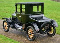 1924 Model T Ford Doctors Coupé Maintenance/restoration of old/vintage vehicles: the material for new cogs/casters/gears/pads could be cast polyamide which I (Cast polyamide) can produce. My contact: tatjana.alic@windowslive.com