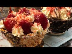 Cheesecake Stuffed Waffle Cones and Bowls! 🍓 - YouTube 13 Desserts, Small Desserts, Delicious Desserts, Yummy Food, Waffle Cone Recipe, Waffle Bowl, New Dessert Recipe, Banana Dessert Recipes, Waffle Cookies