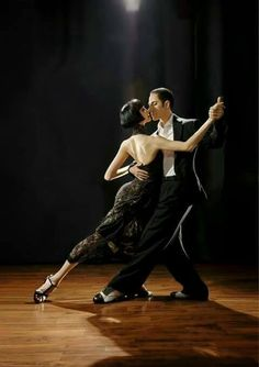 Argentine tango bulent karabagli & lina chan dance me to the Shall We Dance, Lets Dance, Dance Photos, Dance Pictures, Tango Dancers, Argentine Tango, Ballroom Dancing, Swing Dancing, Picture Outfits