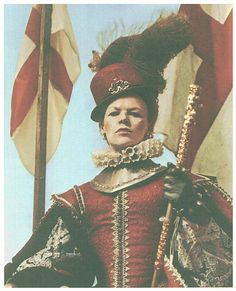 Glenda Jackson as Queen Elizabeth I in the BBC's Elizabeth R 1971. Tilbury costume. doublet is embossed leather.