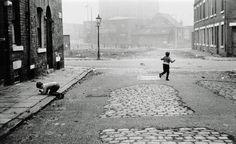 Leeds, England    photo by Jeffrey Blankfort, 1971