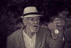 Un bătrânel, o zi de toamnă revelatoare și un studiu despre viață