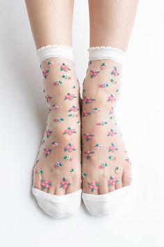 Women New Hezwagarcia Japan Edition White Beautiful Floral Pattern Mega Sheer Nylon Funky Style Ankle Socks Stocking
