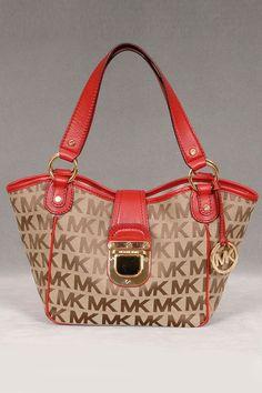 Michael Kors Medium Charlton Tote ...I have this bag too cute