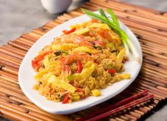 sHRIMP fRIED rICE:    Amount Per Serving 18g 	protein and 261 Calories