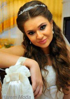 missDefne Harem Moda Hilversum #exclusief #bruidsmode #bruidsjurken #trouwjurken #gelinlik #gelinlikci #haremmoda #harem #moda #missdefne #gelinliksaci #sacmodel #model #sac #topuz #trouwkapsel #haar #bridal #hair #style #wedding #lady #dames #fashion #mode