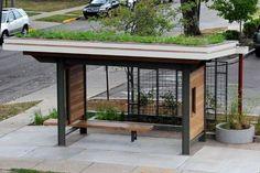 Ponto de ônibus verde. Urban Furniture, Street Furniture, Bus Stop Design, Bus Shelters, Shelter Design, Urban Park, Wayfinding Signage, Rooftop Garden, Bus Station