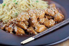 Encuentra en nuestro blog publicada una nota en donde describimos las características de la gastronomía china.    Ingresá a http://blog.koolg.net/2012/11/comida-china/