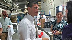 """EE.UU. """"Gabriel Gómez, un hijo de colombianos, busca llegar al Senado de EE.UU."""" .. El Partido Republicano tuvo un mal rato con los votantes latinos en las pasadas elecciones presidenciales de octubre del 2012, cuando Barack Obama se hizo con el 75% del voto hispano en Estados Unidos. .. . V., 14 Jun 2013. (IPITIMES.COM ® /New York. FUENTE: BBC)."""