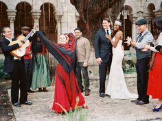 {  SPANISH INSPIRED PHOTO SHOOT FROM TO LOVE PHOTOGRAPHIE + PERSNICKETY EVENTS  }